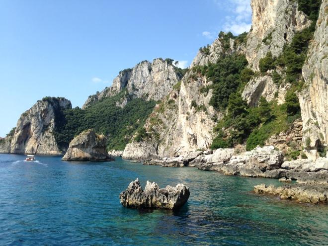 entering Capri by boat