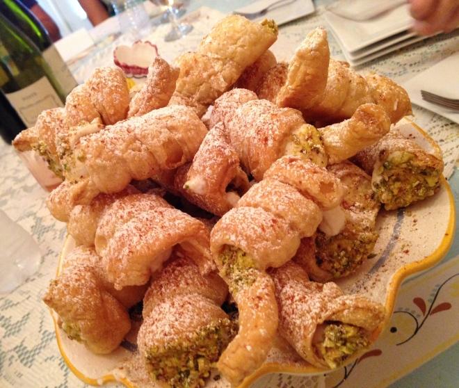 baked cannoli