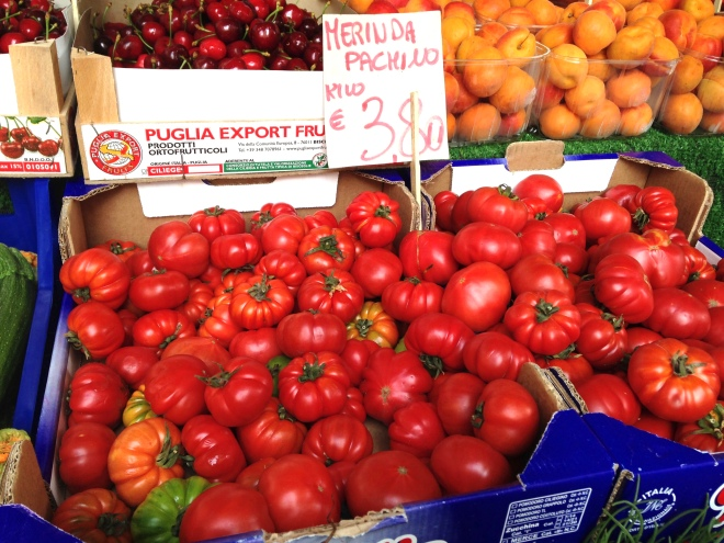 tomatoes in Rialto Market in Venice
