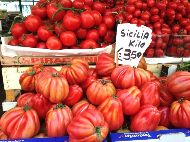 tomatoes at Rialto Market in Venice
