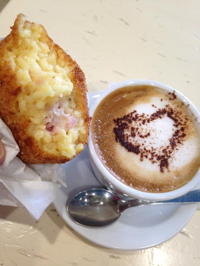 arancina w cappuccino Cefalu